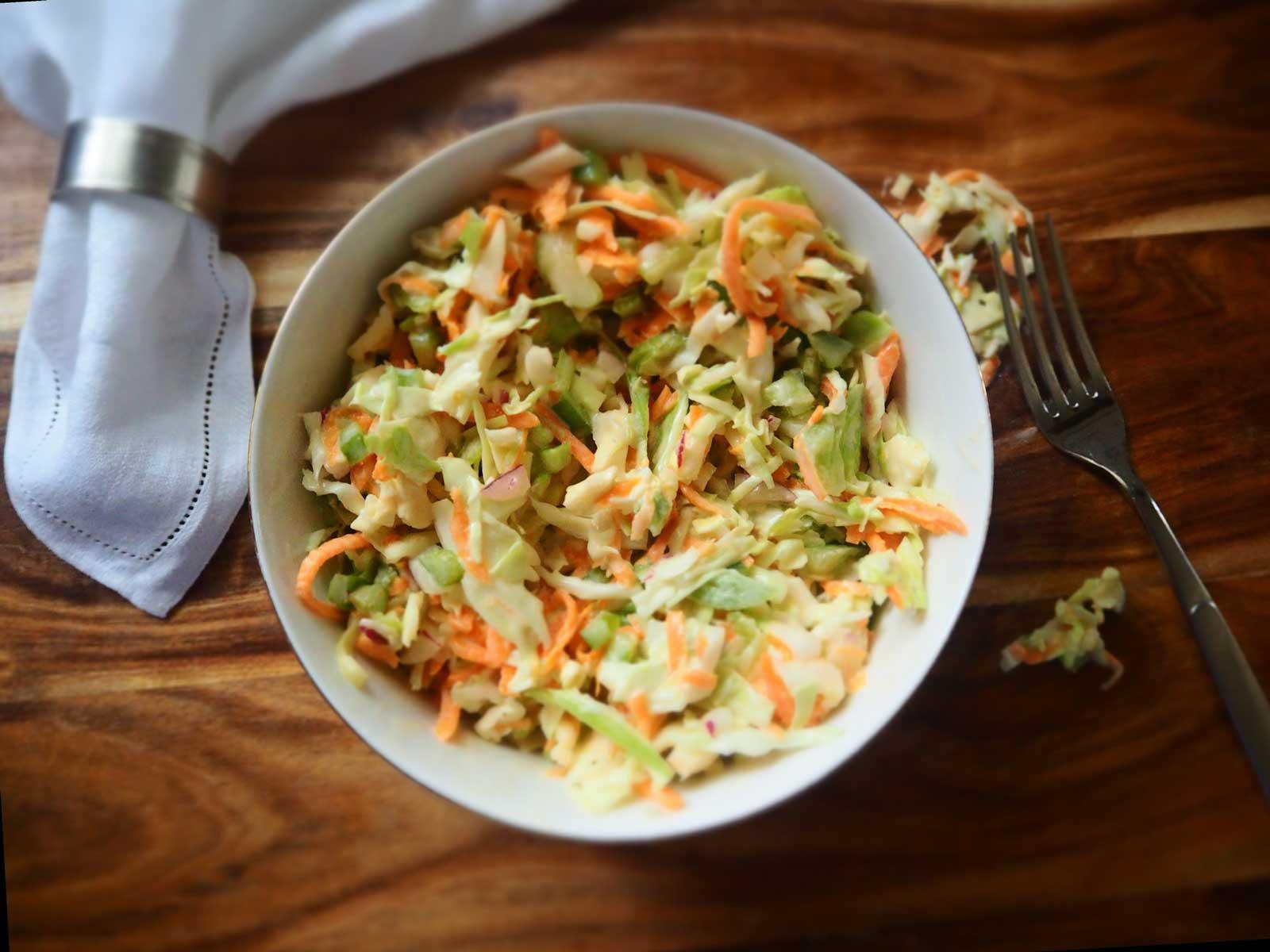 Krautsalat in Schüssel